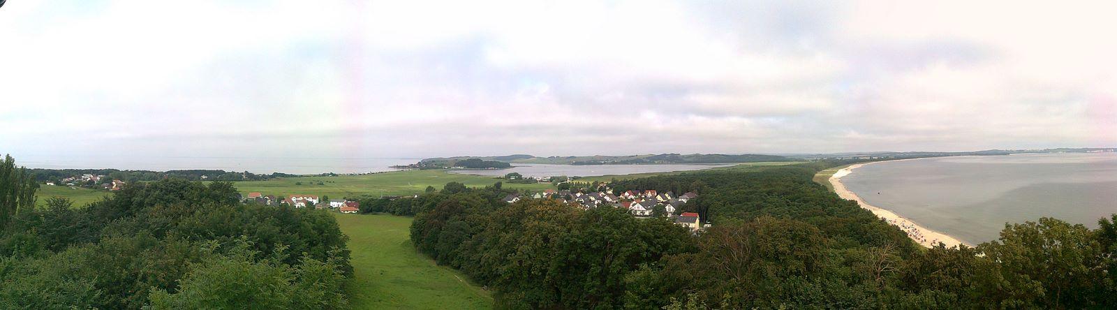 Windsurfen_Ruegen_-_Thiessow_Ost-_und_Weststrand.jpg