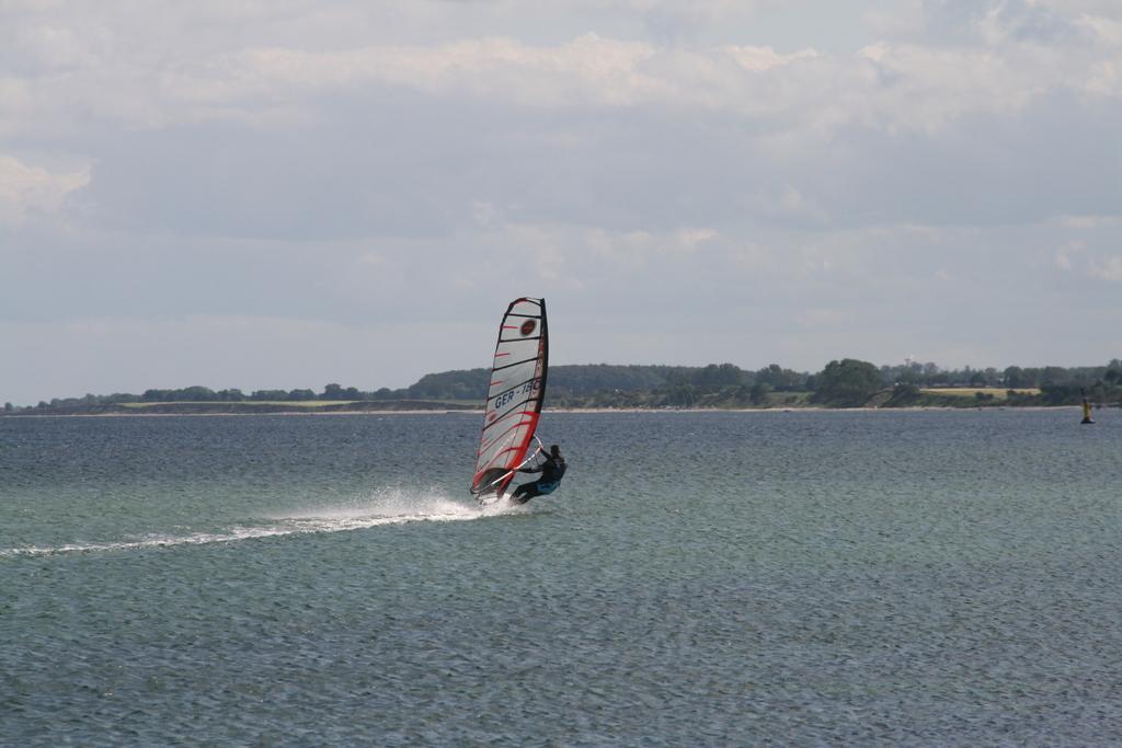 Windsurfen_Grossenbrode___Mole_IMG_0560.JPG