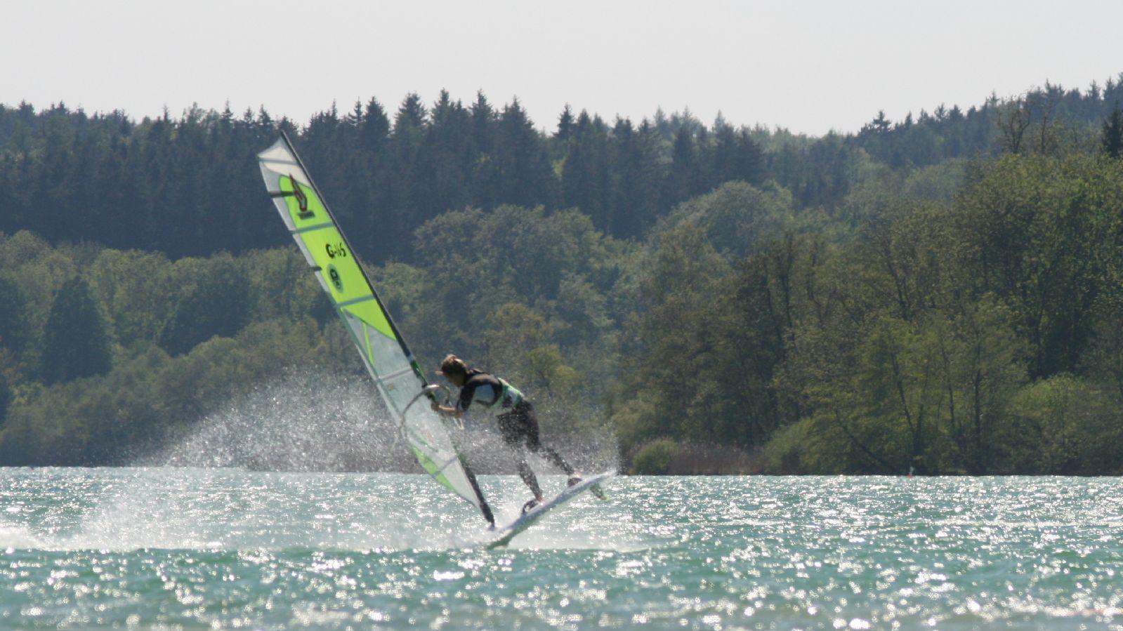 Windsurfen_Woerthsee_IMG_7918.JPG