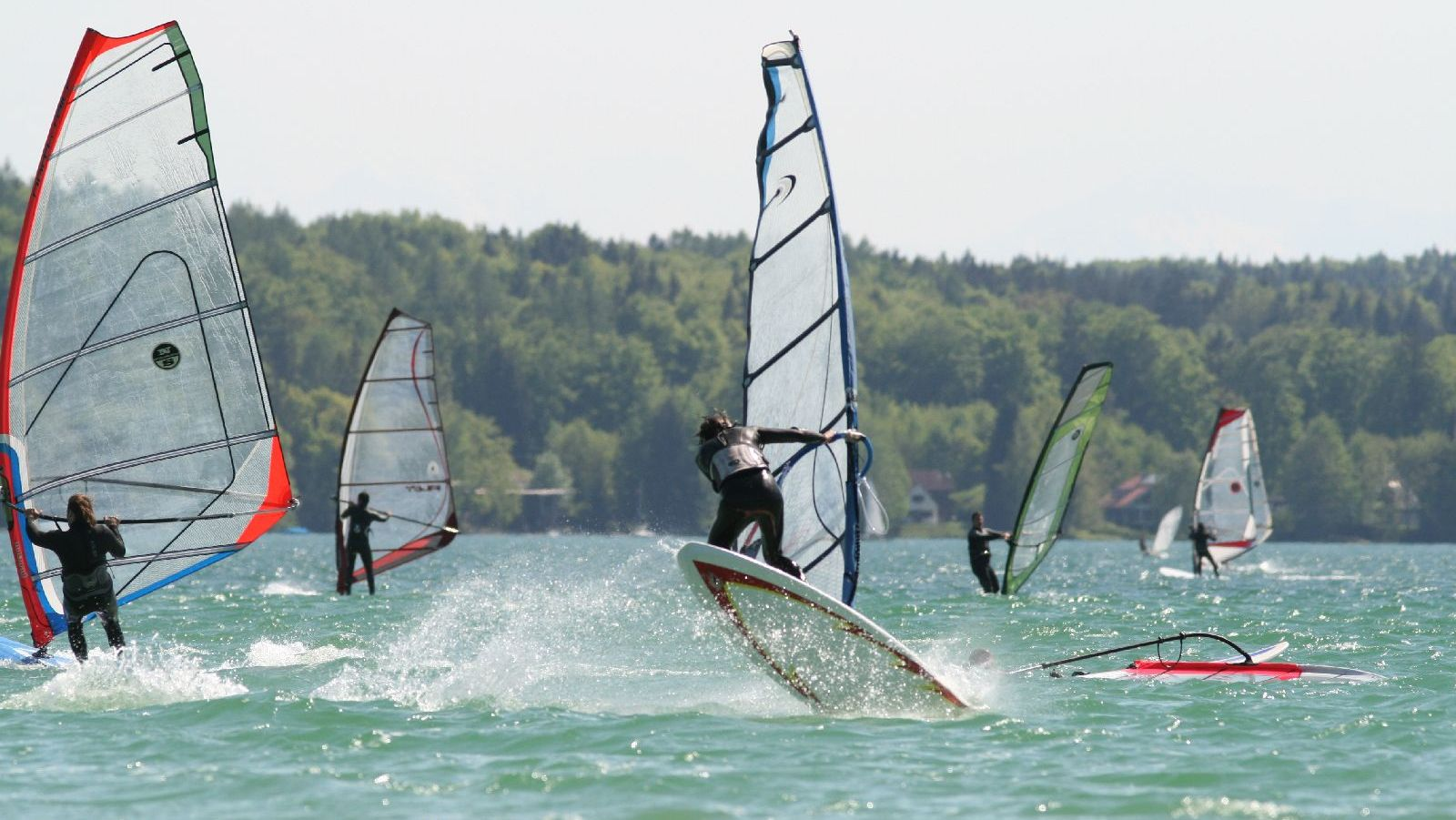 Windsurfen_Woerthsee_IMG_7929.JPG