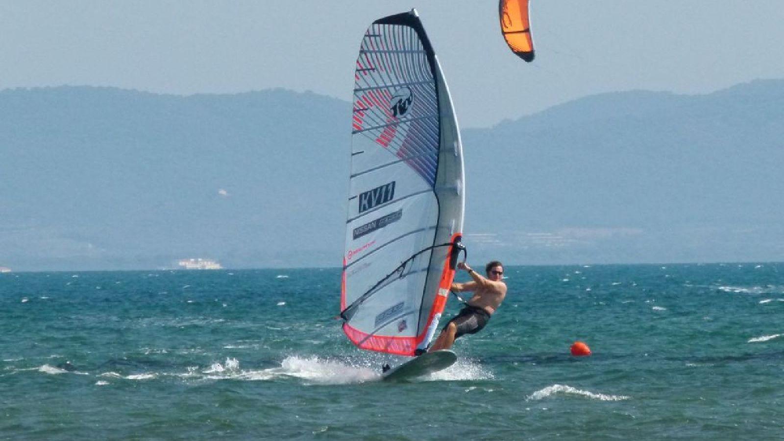 Windsurfen_Talamone_P1180824.JPG