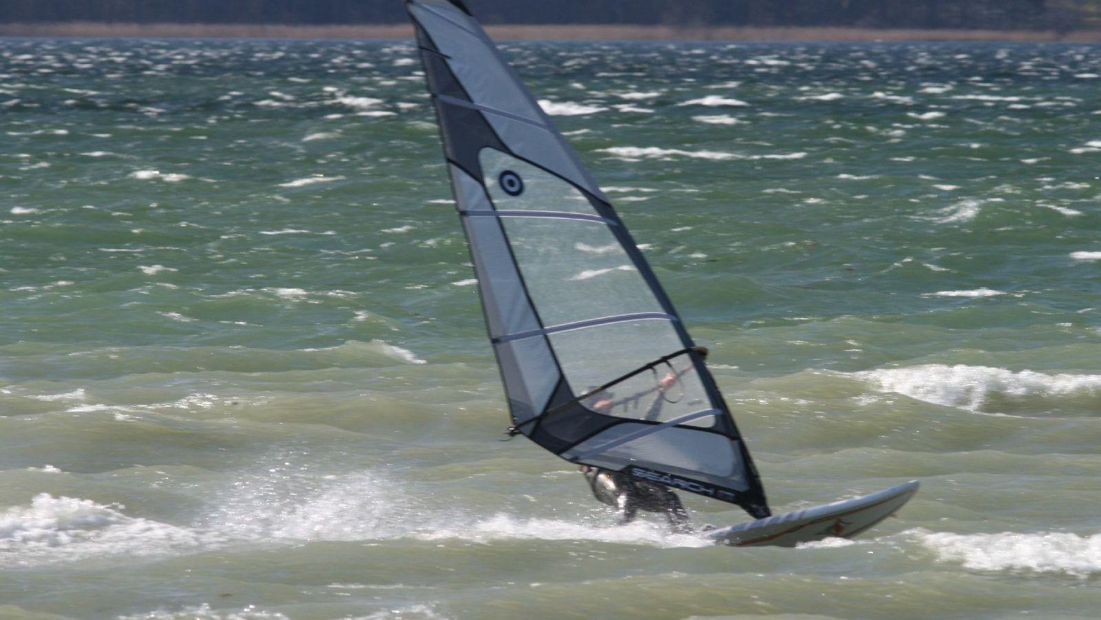 Windsurfen_Starnberger_See_IMG_5325.JPG