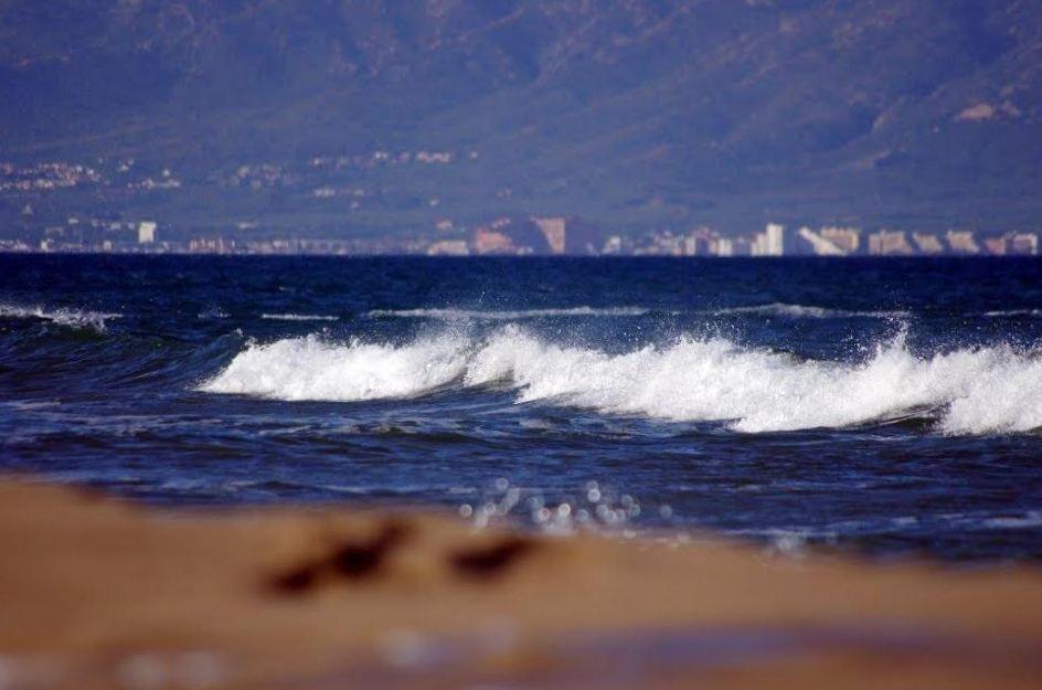 Windsurfen_SantPerePescador_view_nord.jpg