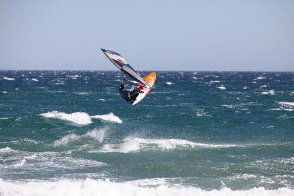 Windsurfen_SantPerePescador_windaction_1.jpg